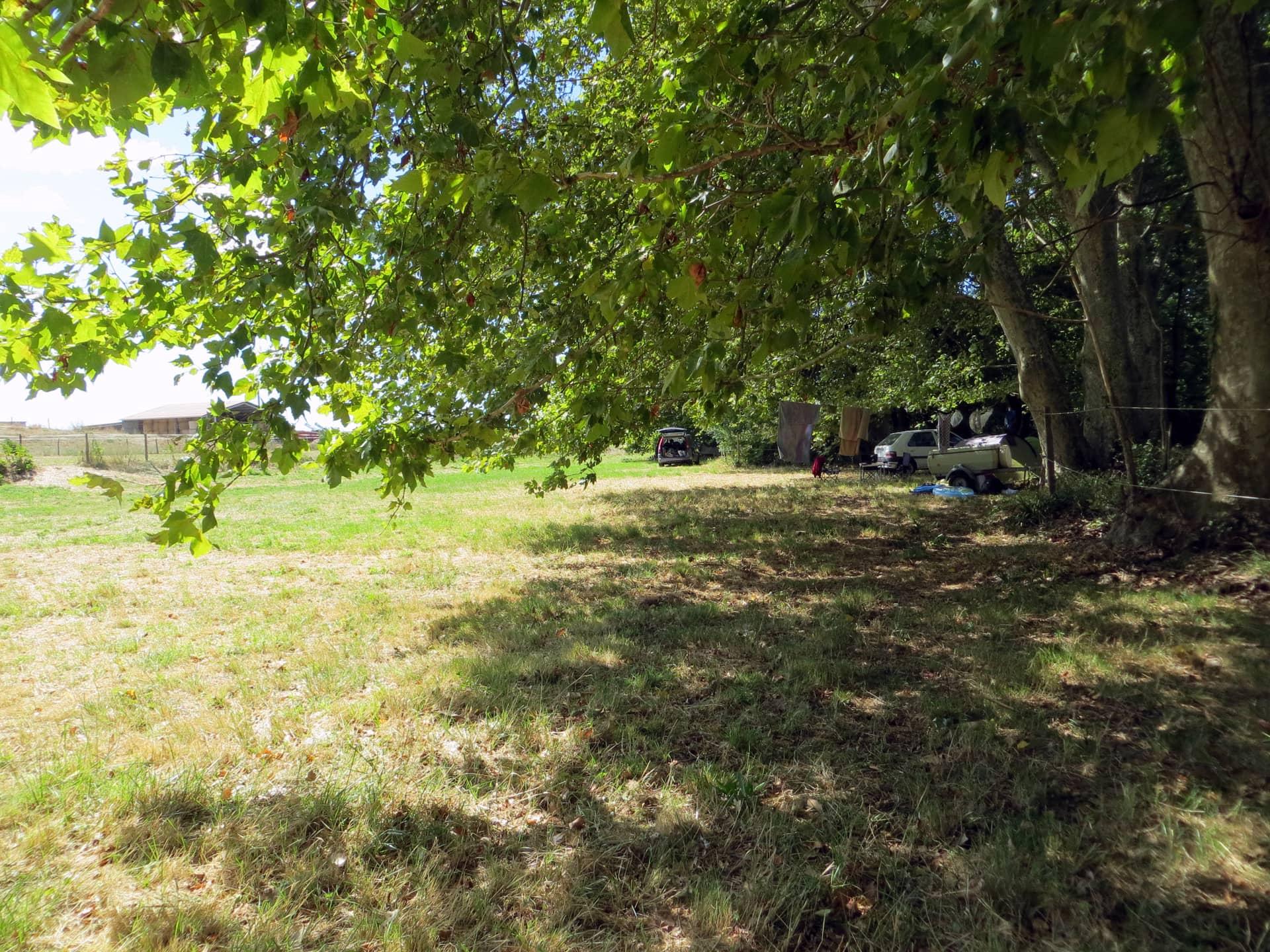 Prairie du Camping à la ferme Domaine de Christin