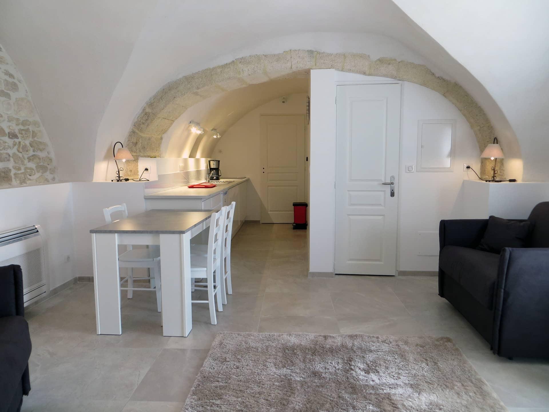 Cuisine d'un appart hôtel de charme Domaine de Christin Gard