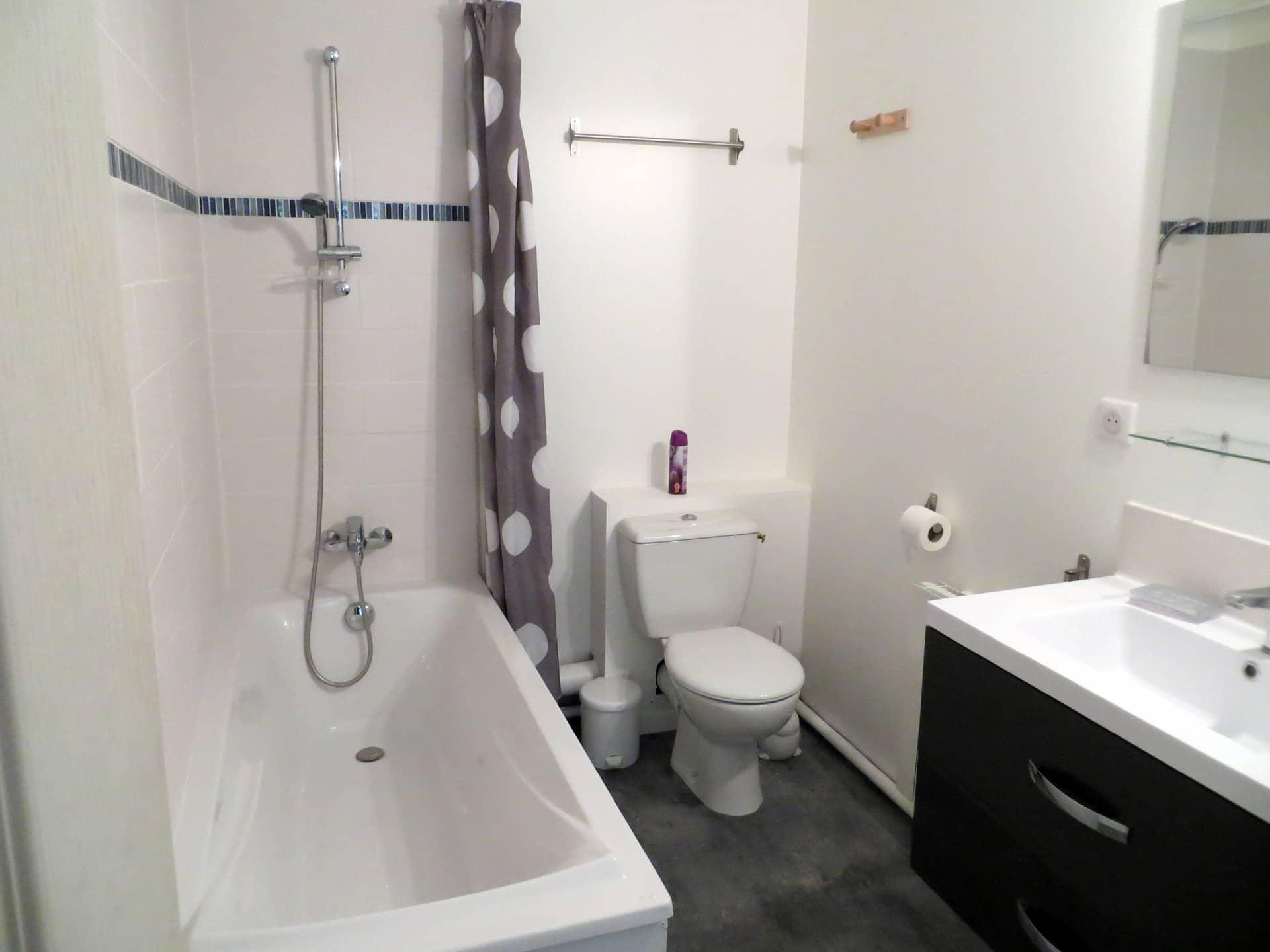 Salle de bain gîte Les Daims Domaine de Christin