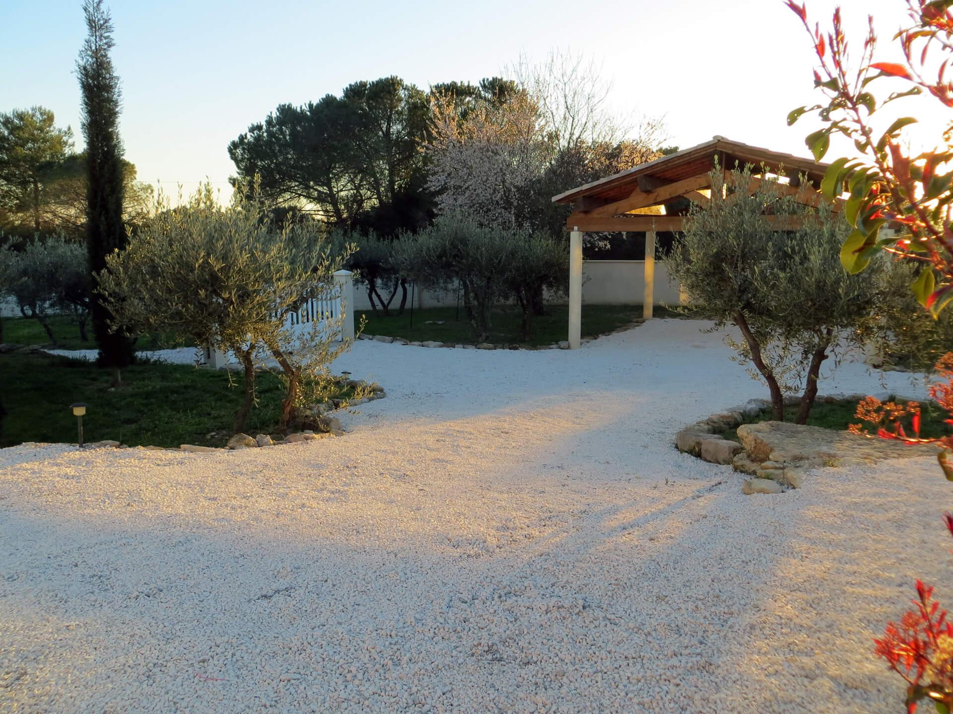 Extérieur villa Picholine Domaine de Christin